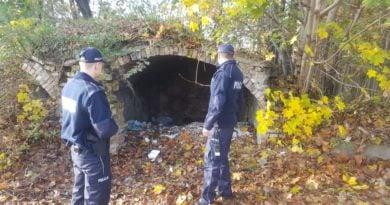 Pomoc bezdomnym Złotów fot.policja