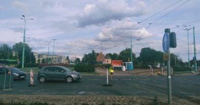 srodka konwoj 390x205 - Poznań: Rataje zakorkowane. Przez.. złoto?