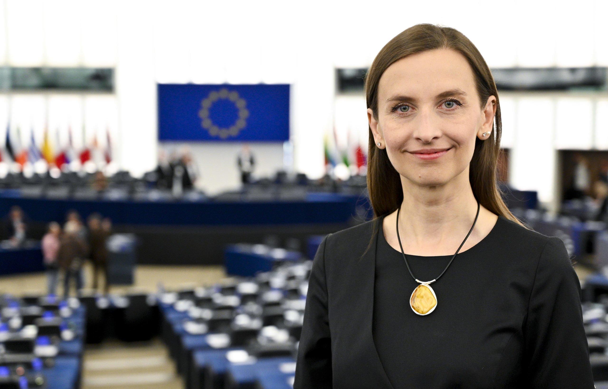 Posłanka Sylwia Spurek chce wprowadzenia zakazu wędkarstwa. W całej UE