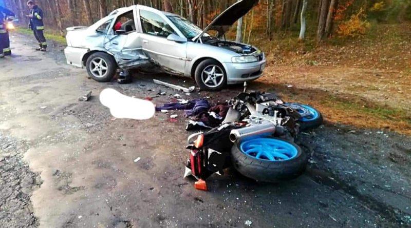 wypadek 5 fot. osp cieszkow 800x445 - Cieszków: Motocyklista zginął w wypadku
