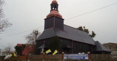 Zabytkowy kościół 3 fot.PP