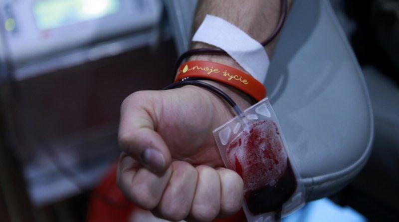 zbiorka krwi 4 fot. policja 800x445 - Poznań: Zbiórka krwi policyjnych KREWniaków
