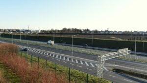 autostrada fot. ump 1 300x170 - Poznań: Kierowcy mogą już korzystać z trzech pasów autostrady