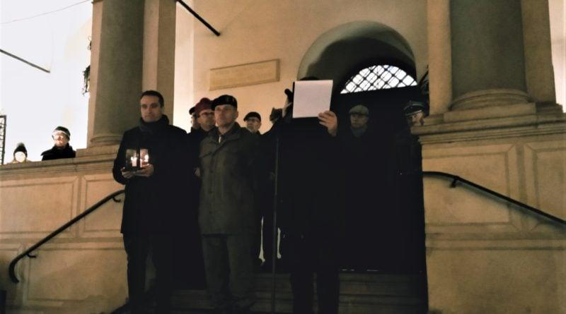 betlejemskie swiatelko pokoju 5 800x445 - Poznań: Betlejemskie Światło Pokoju przybyło do Poznania