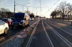 krolowej jadwigi fot. zdm - Poznań: Koniec z blokowaniem tramwajów na moście Królowej Jadwigi. Jest wysepka