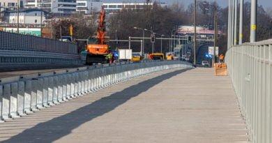 most lecha fot. slawek wachala 3 of 5 390x205 - Od czwartku otwarte trzy pasy ruchu na południowej nitce mostu Lecha