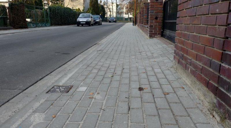 nowa zielen i chodniki 2 fot. zdm 800x445 - Poznań: Odnowione chodniki i więcej zieleni w mieście