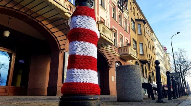 Powstańczy hydrant w ramach akcji Przypnij Kokardę fot. ROJ