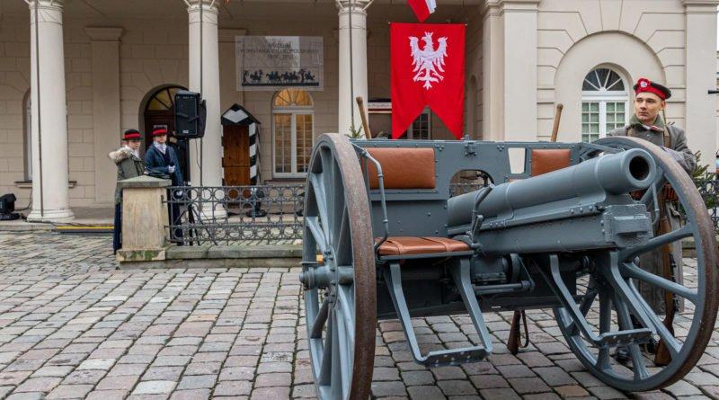 powstanie wielkopolskie rocznica fot. slawek wachala 36 800x445 - Poznań: 101. rocznica wybuchu Powstania Wielkopolskiego na Winiarach