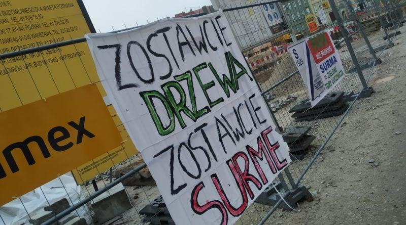 protest przed Urzędem Miasta fot. Karolina Adamska