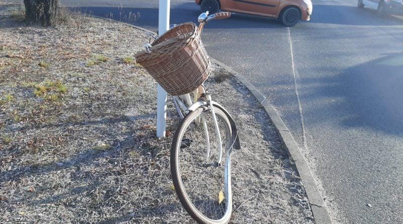 rower po wypadku fot. Straż Miejska