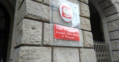 """sad rejonowy w poznaniu 390x205 - Poznań: """"Ramzes"""" z aktem oskarżenia o zgwałcenie dwóch kobiet"""