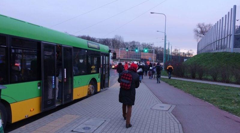 srodka autobusy w korkach 1 fot. ztm 800x445 - Poznań: Od dziś nie ma wydzielonych stref dla kierowców i motorniczych