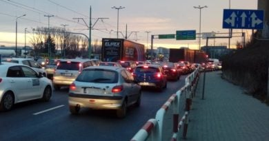 srodka autobusy w korkach 2 fot. ztm 390x205 - Poznań: Kolizja na Śródce. Są utrudnienia w ruchu