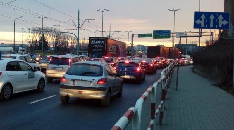 srodka autobusy w korkach 2 fot. ztm 800x445 - Poznań: Kolizja na Śródce. Są utrudnienia w ruchu