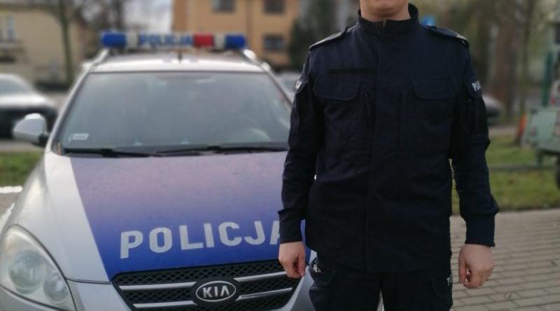 st. sierz. piotr przybylski 2 fot. policja 800x445 - Pleszew:  Policjant uratował życie koledze z boiska