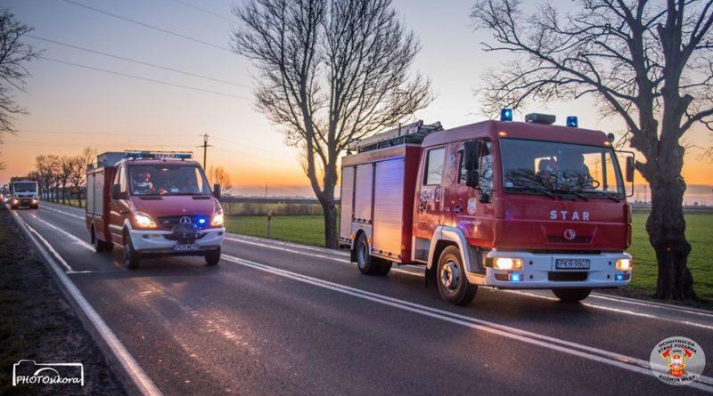 strazacy ochotnicy w akcji 12 fot. osp kozmin wlkp. 800x445 - Koźmin Wielkopolski: Śmigłowiec LPR, kolizja drogowa i strażacy ochotnicy