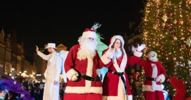 swiateczna parada w betlejem poznanskim fot. slawek wachala 32 of 43 390x205 - Jak Polacy spędzają Boże Narodzenie?