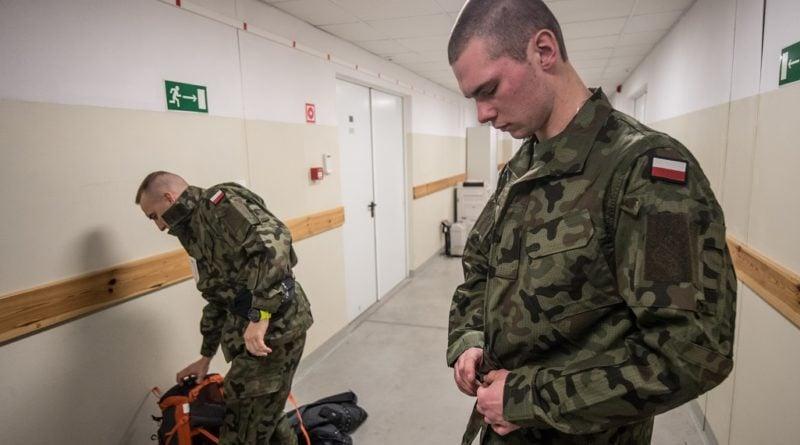 terytorialsi szkolenie podstawowe 4 fot. 12bwot 800x445 - Wielkopolscy terytorialsi nie zwalniają tempa. Trwa szkolenie nowych kandydatów
