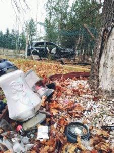 wypadek 22 latka fot. osp golina 4 225x300 - Konin: Drastyczny wypadek. 22-latek cudem przeżył