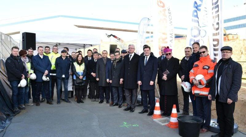 bridgestone 1 fot. ump 800x445 - Poznań: Bridgestone buduje nowe hale produkcyjne