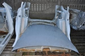 dziupla samochodowa fot. kpp turek 6 300x199 - Turek: Dwa odzyskane samochody i zlikwidowana dziupla samochodowa