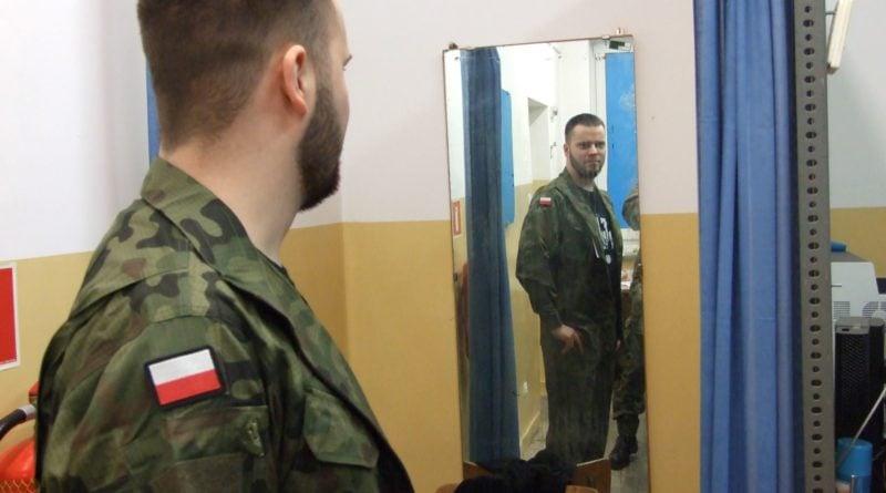 """ferie 2 z wot fot.wot  800x445 - Leszno: Uczniowie zamienili góry na mundur – ruszyły """"Ferie z WOT"""""""