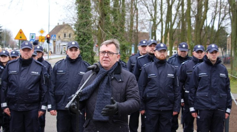 komisariat tarnowo podgorne 5 fot. policja 800x445 - Tarnowo Podgórne: Komisariat po remoncie jak nowy!
