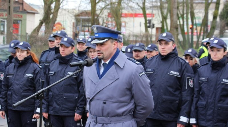komisariat tarnowo podgorne 7 fot. policja 800x445 - Tarnowo Podgórne: Komisariat po remoncie jak nowy!
