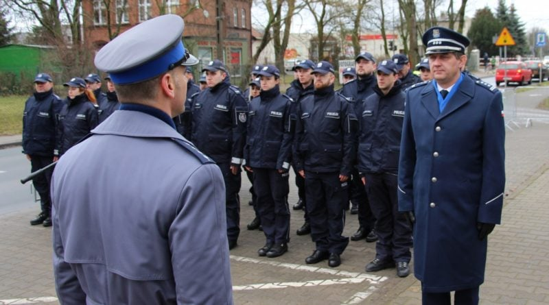 komisariat tarnowo podgorne 8 fot. policja 800x445 - Tarnowo Podgórne: Komisariat po remoncie jak nowy!
