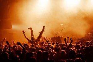 koncert rockowy6 fot. art. sponsorowany 300x201 - Tych imprez nie możesz przegapić – sprawdź, co będzie się działo w lutym w Poznaniu