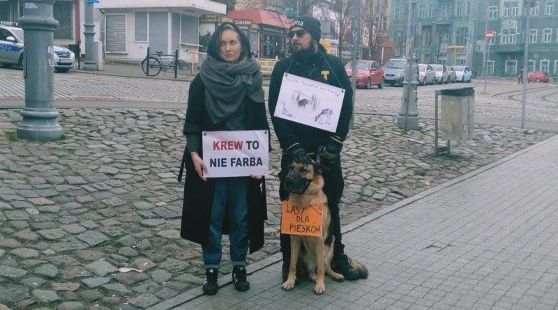 lex ardanowski protest poznan 2 800x445 - Poznań: Lasy wolne od myśliwych!