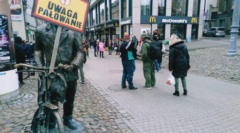 lex ardanowski protest poznan 4 800x445 - Poznań: Lasy wolne od myśliwych!