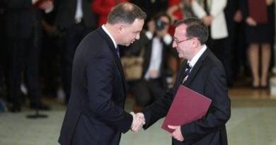 Mariusz Kamiński z prezydentem Dudą fot. gov. pl