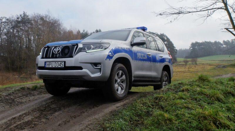 nowe samochody 2 fot. policja 800x445 - Poznań: Nowe samochody dla policji wodnej