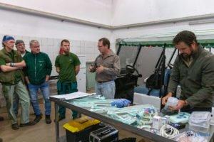 nowe zoo operacja slonia ninio fot. slawek wachala 3454 300x200 - Poznań: Operacja słonia Ninio. Dyrektor zoo prosi o trzymanie kciuków