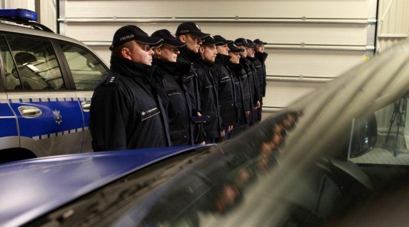 nowy sprzet od miasta 4 fot. policja 800x445 - Poznań: Policyjni wodniacy mają nowy sprzęt. Od władz miasta