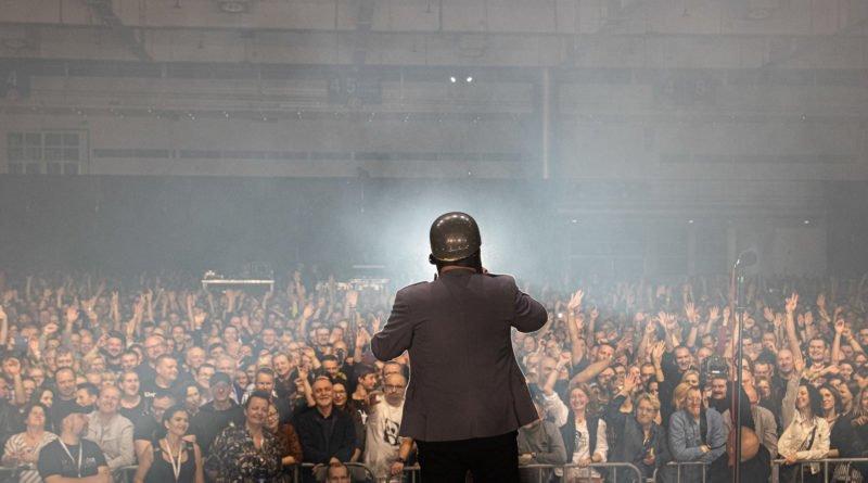 zadzoncie po milicje fot. slawek wachala 9163 800x445 - Zadzwońcie po milicję - gwiazdy rocka w Poznaniu