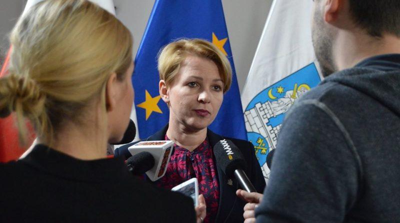 azbest dotacje 1 fot. ump 800x445 - Poznań: Trwa nabór wniosków o dotacje na likwidację azbestu
