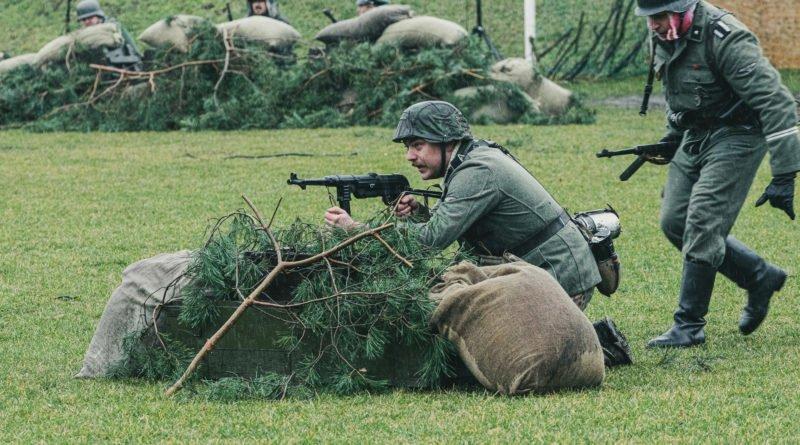 bitwa o poznan 2020 fot. slawek wachala 8250 800x445 - Poznań: Piknik z czołgiem na Cytadeli. I bitwa