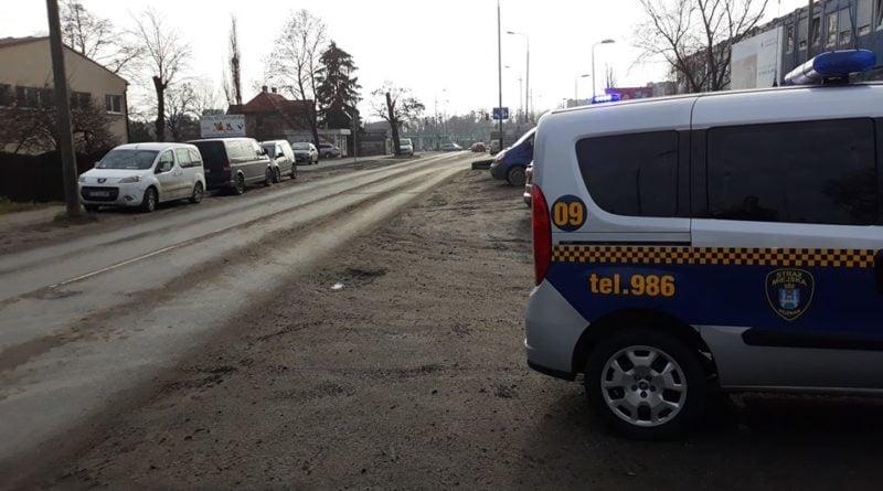 budowa fot. straz miejska 800x445 - Poznań: Sezon mandatów na... budowach