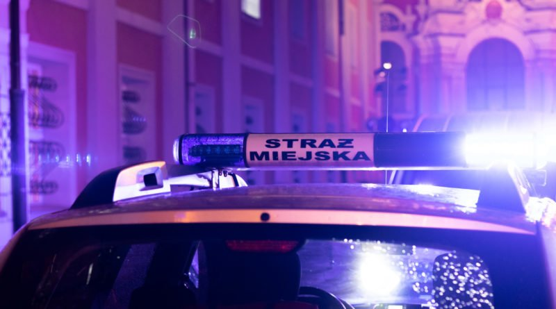 droga krzyzowa fot. slawek wachala 9585 800x445 - Poznań: Imprezy na Promienistej? Aż szyby drżą!