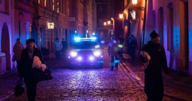 Poznań: Strażnicy miejscy kontrolują... park kulturowy