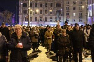 droga krzyzowa fot. slawek wachala 9728 300x200 - Poznań: Przez centrum miasta przeszła Centralna Droga Krzyżowa