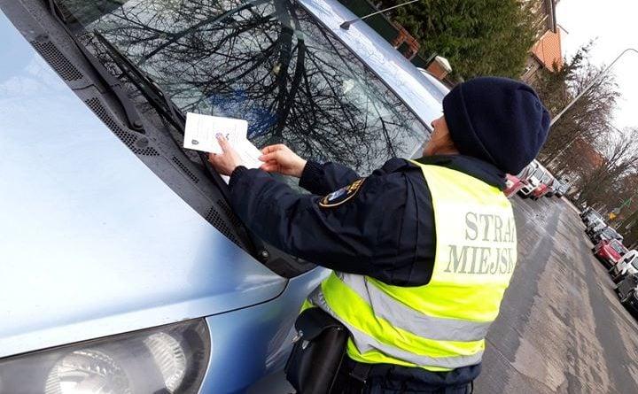 gruneald parkowanie 1 fot. smmp 720x445 - Poznań: Remont na Grunwaldzie - kierowcy, przeparkujcie samochody, prosi straż miejska