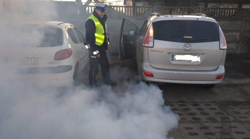 kontrola 1 fot. policja 800x445 - Szamotuły: Kontrole jakości spalin w Międzychodzie