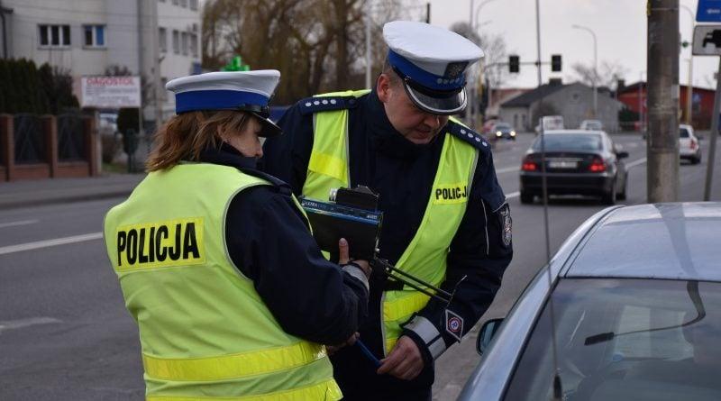 kontrola 2 fot. policja 1 800x445 - Wielkopolska: Mniej wypadków na drogach w święta