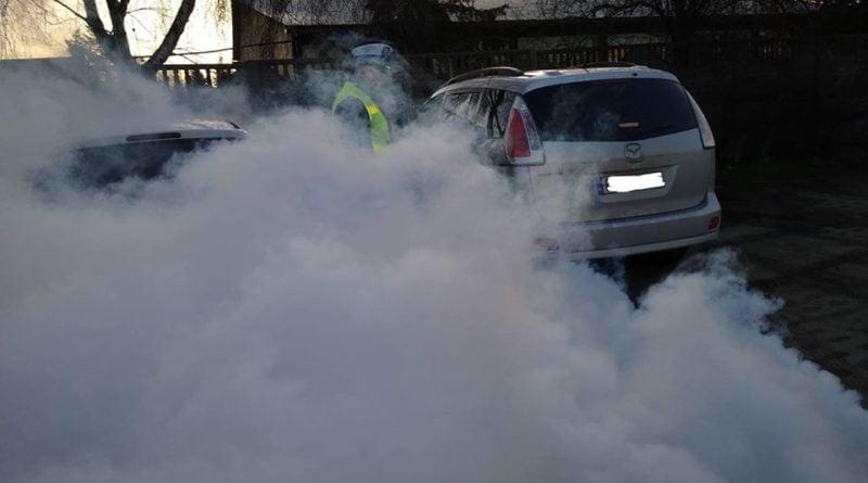 kontrola 3 fot. policja 800x445 - Poznań: Mazda na eko groszek, czyli walka policjantów ze smogiem