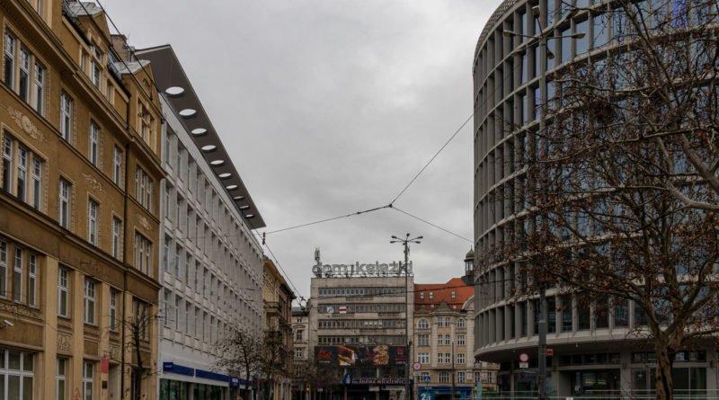 okraglak 65 lat fot. slawek wachala 800x445 - Poznań: Okrąglak, czyli 65-latek od środka