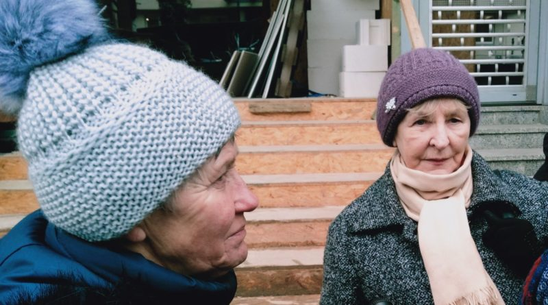 pikieta 6 fot. el 800x445 - Poznań: Portierzy i portierki pikietowali przed sądem. Nadal nie dostali wynagrodzeń